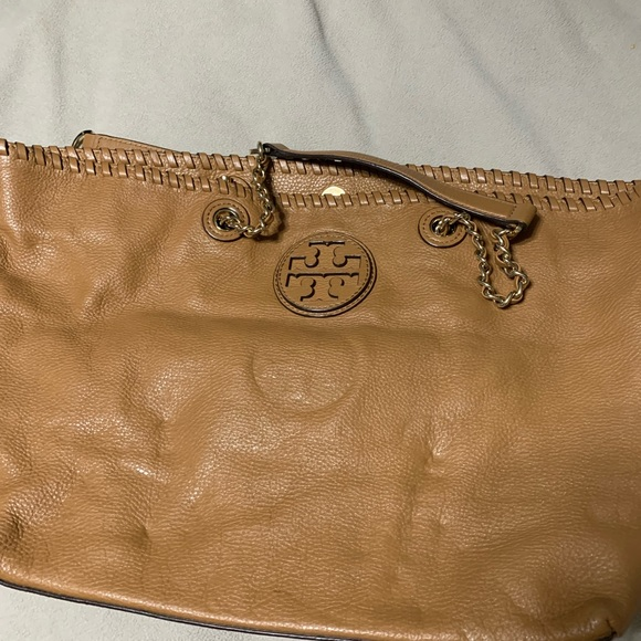 Tory Burch Handbags - Tory Burch purse and wallet